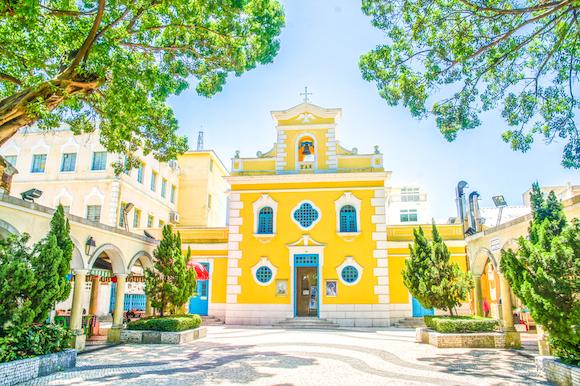 マカオ フォトジェニックな聖フランシスコ・ザビエル教会
