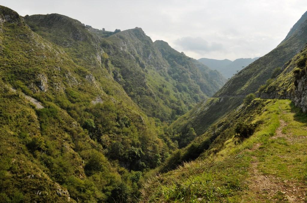 rutas de senderismo por Asturias: foces del río pendón