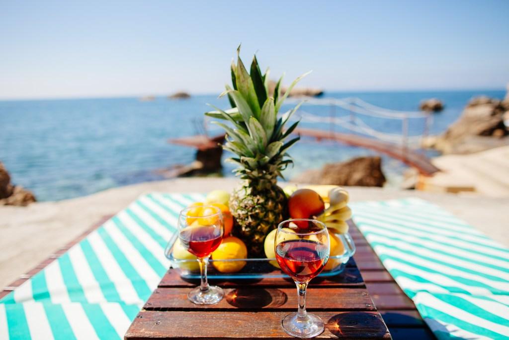 Пляжи на юге Черногории, Улциньская Ривьера. Недорогой отдых в Черногории