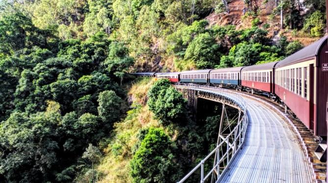 オーストラリア ケアンズ   キュランダ鉄道