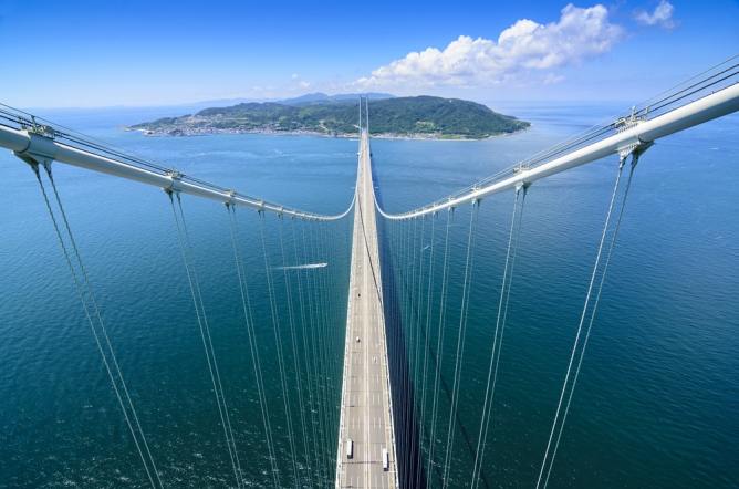兵庫県神戸市  明石海峡大橋